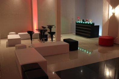 Lounge e bar para festa de confraternização