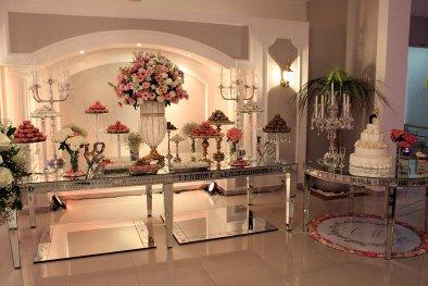 Espaço do bolo buffet de casamento