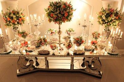 Mesa de doces buffet para casamento