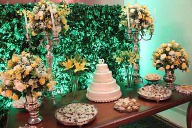 Mesa de bolo para Bodas de prata e Bodas de Ouro